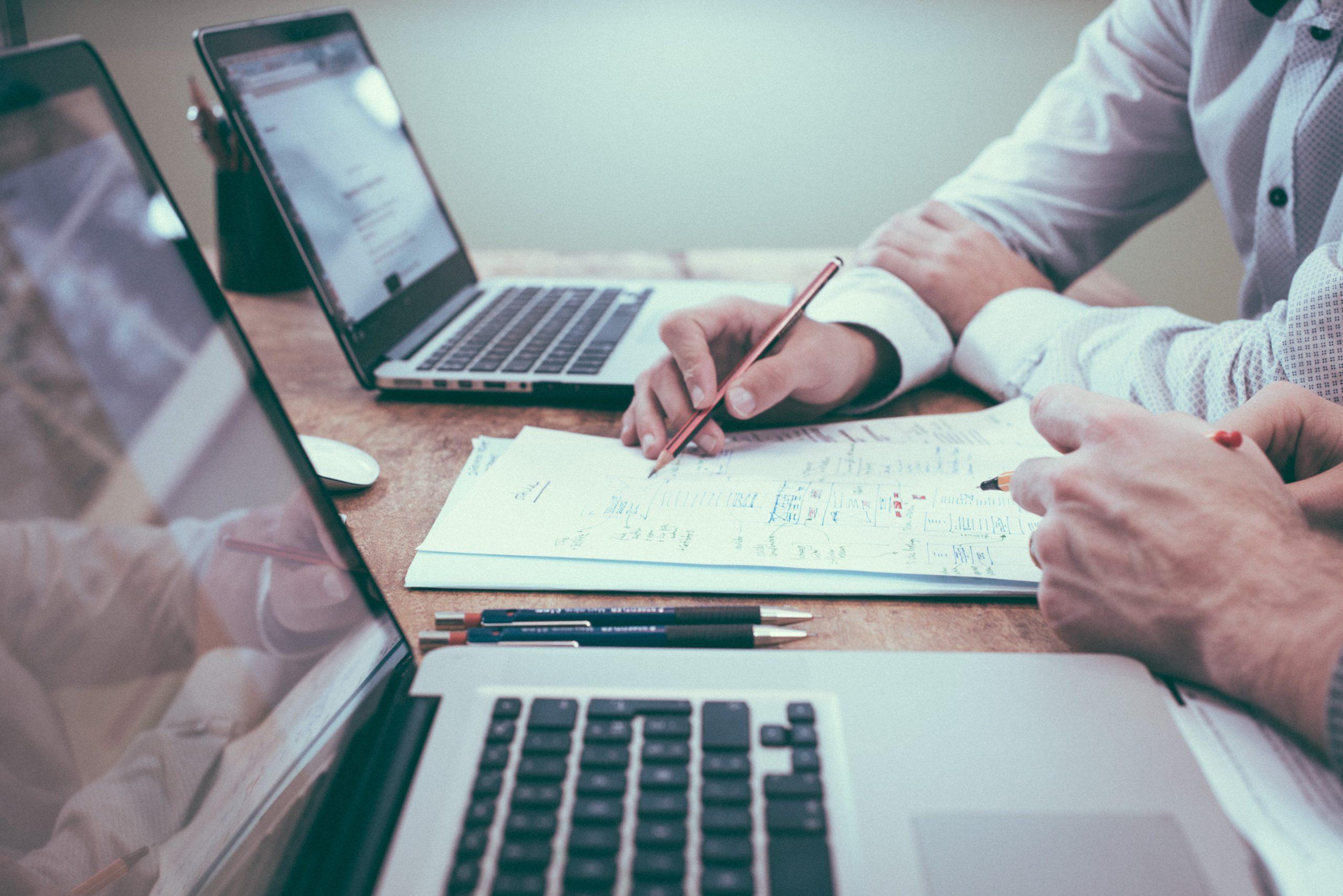 Quais são os principais aspectos da gestão de fornecedores?